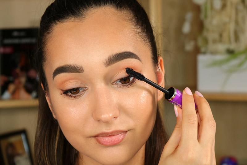 applicazione del mascara